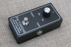 Demeter MB-2B Midboost / Fat Control Guitar Effect Pedal. An Absolute Mint, Save £59